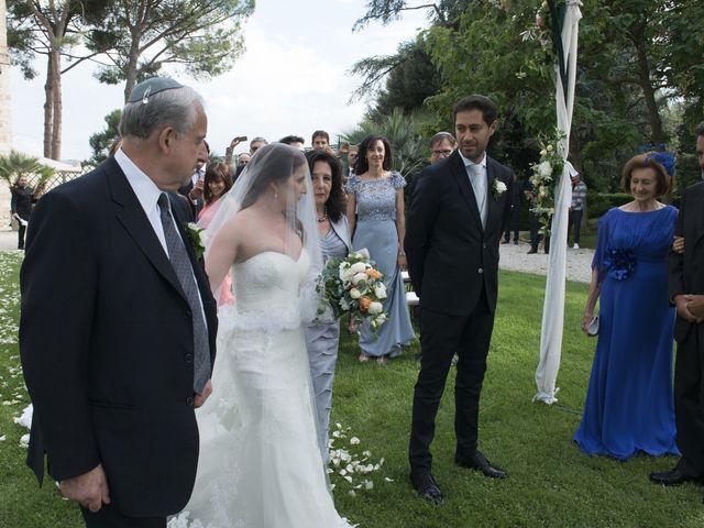 Il matrimonio di Marco e Lucy a Castel di Lama, Ascoli Piceno 23