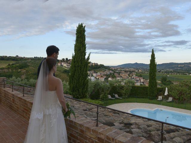 Il matrimonio di Marco e Lucy a Castel di Lama, Ascoli Piceno 36