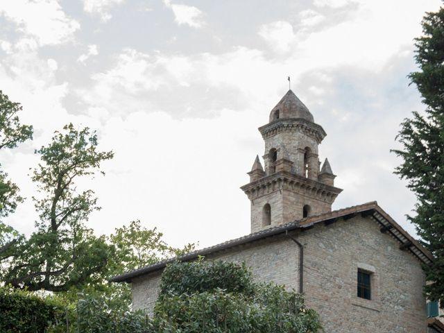 Il matrimonio di Marco e Lucy a Castel di Lama, Ascoli Piceno 40