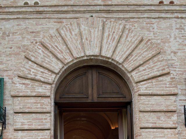Il matrimonio di Marco e Lucy a Castel di Lama, Ascoli Piceno 41