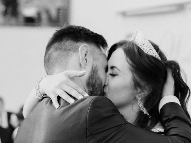 Il matrimonio di Kristina e Christian a Loreto Aprutino, Pescara 17