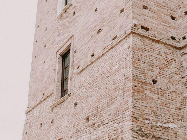 Il matrimonio di Kristina e Christian a Loreto Aprutino, Pescara 22