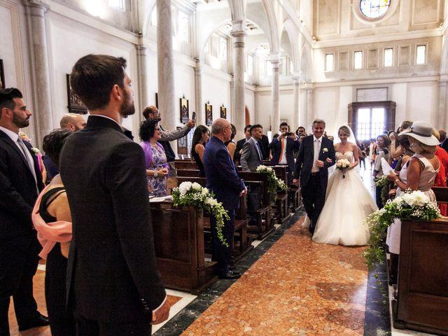 Il matrimonio di Fabrizio e Betty a Cernusco sul Naviglio, Milano 16