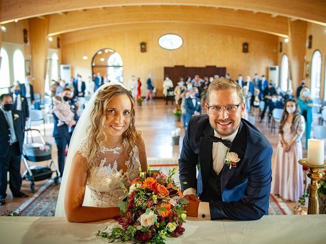Il matrimonio di Benjamin e Federica a Treia, Macerata 30