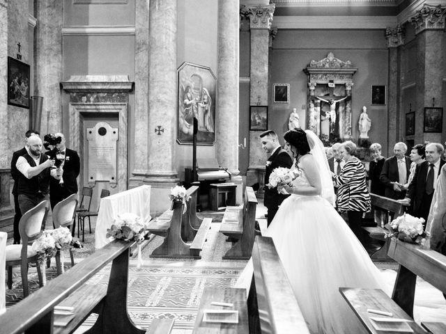 Il matrimonio di Simone e Sara a Arcisate, Varese 23