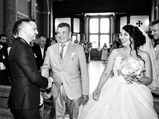 Il matrimonio di Simone e Sara a Arcisate, Varese 24