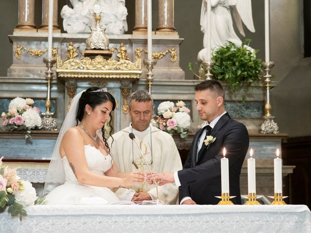 Il matrimonio di Simone e Sara a Arcisate, Varese 32