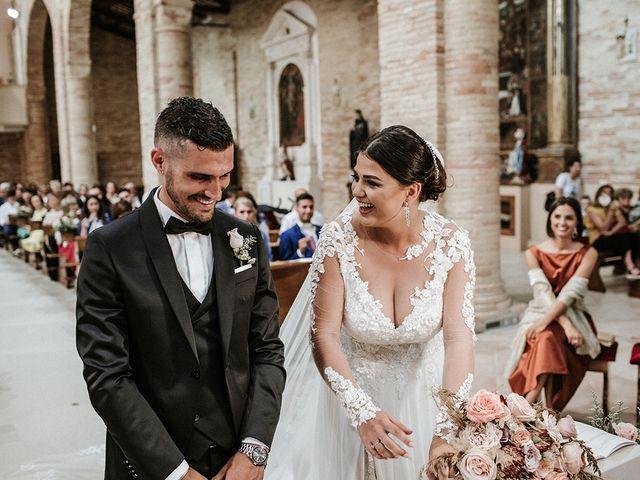 Il matrimonio di Leonardo e Tanita a Morro d'Oro, Teramo 39