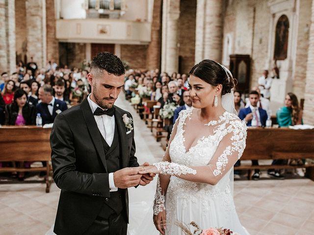 Il matrimonio di Leonardo e Tanita a Morro d'Oro, Teramo 40