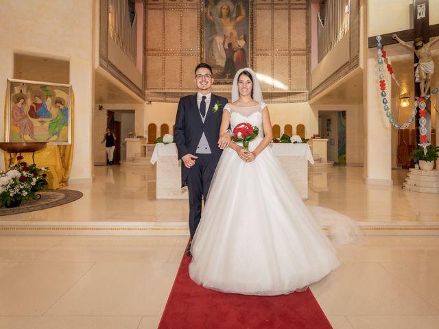 Il matrimonio di Alessandro e Beatrice a Sant'Egidio alla Vibrata, Teramo 24
