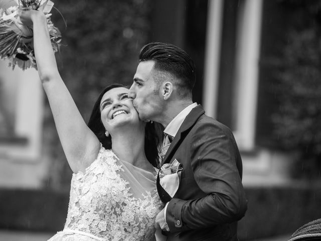 Il matrimonio di Armando e Simona a Viganò, Lecco 17