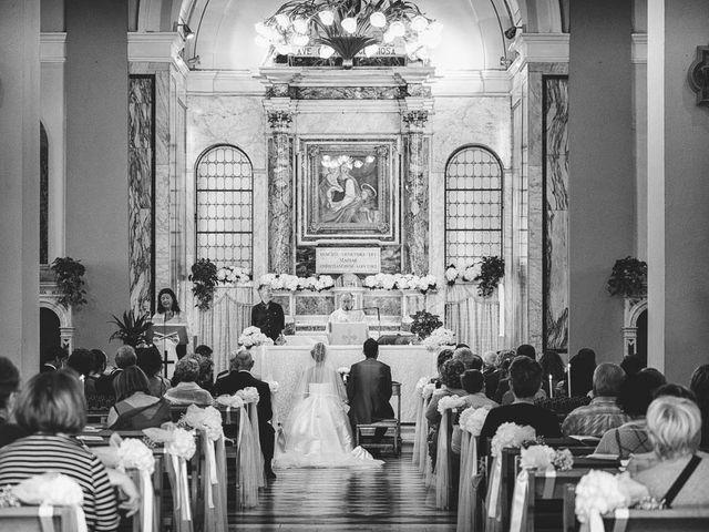 Il matrimonio di Roberto e Michela a Massa, Massa Carrara 11