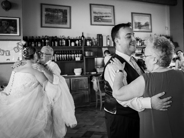 Il matrimonio di Daniele e Laura a Binasco, Milano 28