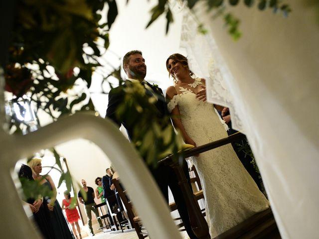 Il matrimonio di Salvatore e Wanda a Putignano, Bari 11
