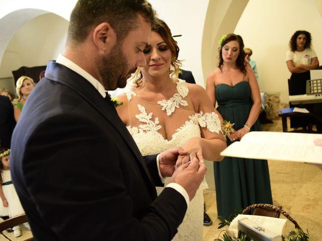 Il matrimonio di Salvatore e Wanda a Putignano, Bari 13