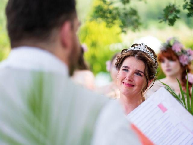 Il matrimonio di James e Alainna a Radicondoli, Siena 34