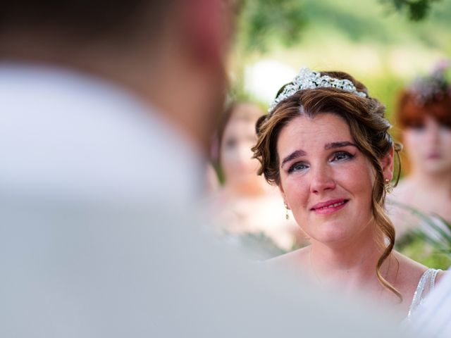 Il matrimonio di James e Alainna a Radicondoli, Siena 35