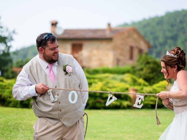 Il matrimonio di James e Alainna a Radicondoli, Siena 48