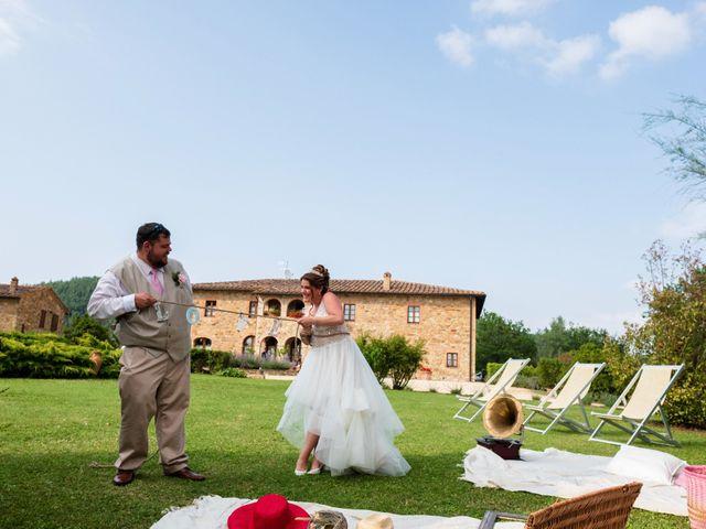 Il matrimonio di James e Alainna a Radicondoli, Siena 83