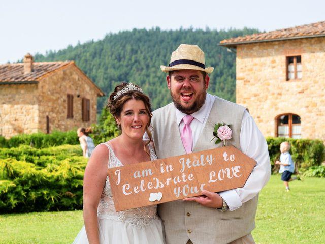 Il matrimonio di James e Alainna a Radicondoli, Siena 88