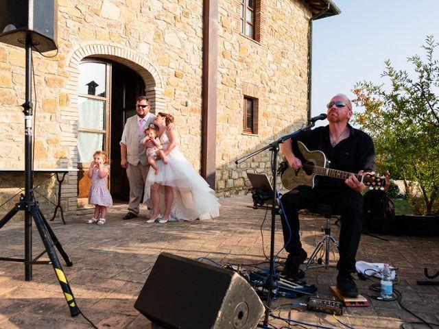 Il matrimonio di James e Alainna a Radicondoli, Siena 89