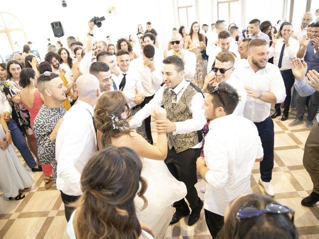Il matrimonio di Alessandro e Martina a Cappelle sul Tavo, Pescara 25