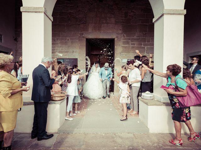 Il matrimonio di Michele e Elena a Castiglion Fiorentino, Arezzo 37