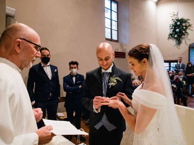 Il matrimonio di Lorenzo e Federica a Albavilla, Como 22