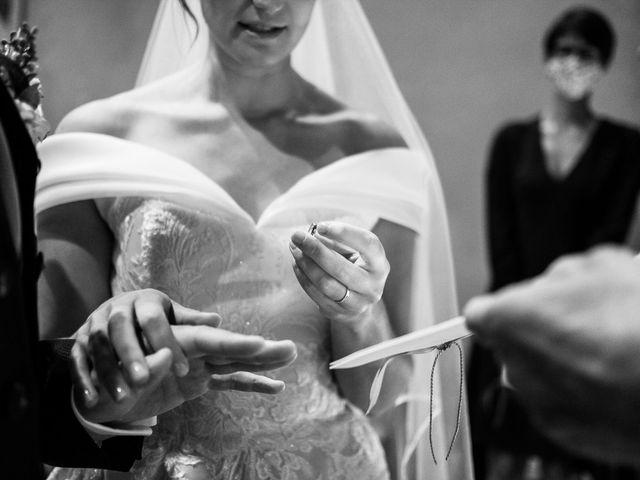 Il matrimonio di Lorenzo e Federica a Albavilla, Como 24