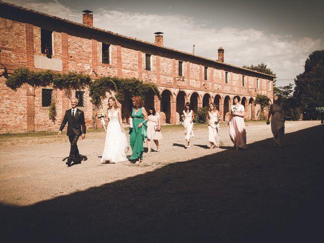 Il matrimonio di Davide e Christine a Sinalunga, Siena 28