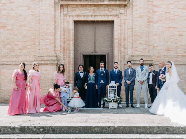 Il matrimonio di Samantha e Samuele a Jesi, Ancona 28