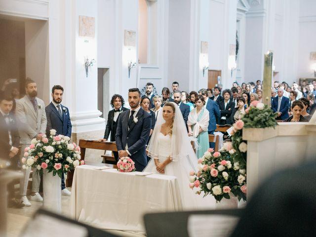 Il matrimonio di Samantha e Samuele a Jesi, Ancona 32