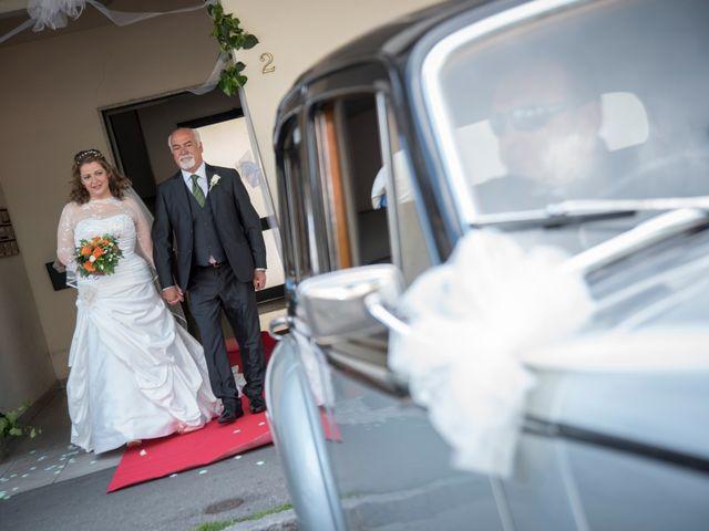 Il matrimonio di Luca e Debora a Prato, Prato 14