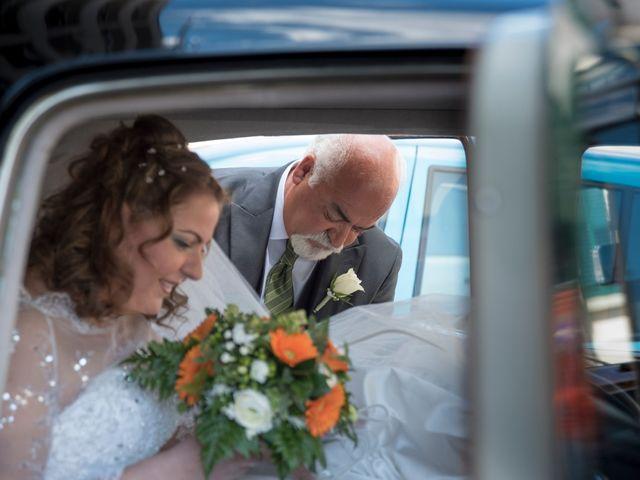 Il matrimonio di Luca e Debora a Prato, Prato 15