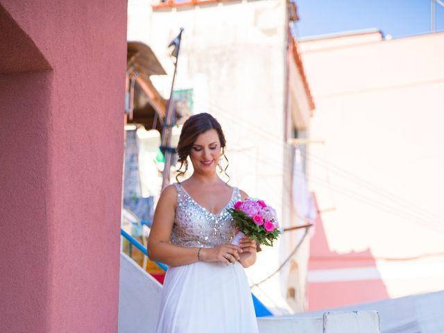Il matrimonio di Claudio e Laura a Procida, Napoli 7