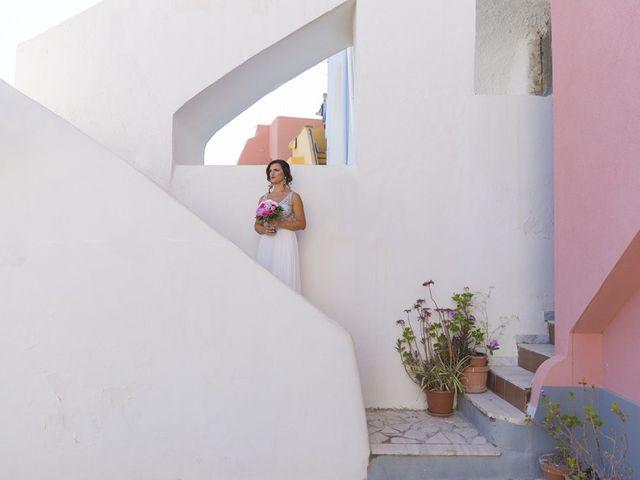 Il matrimonio di Claudio e Laura a Procida, Napoli 9