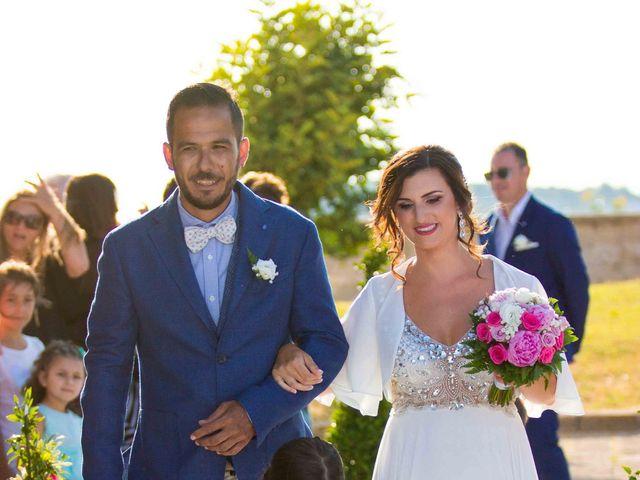 Il matrimonio di Claudio e Laura a Procida, Napoli 14