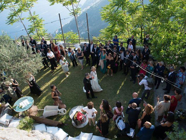 Il matrimonio di Antonio e Luisa a Furore, Salerno 24