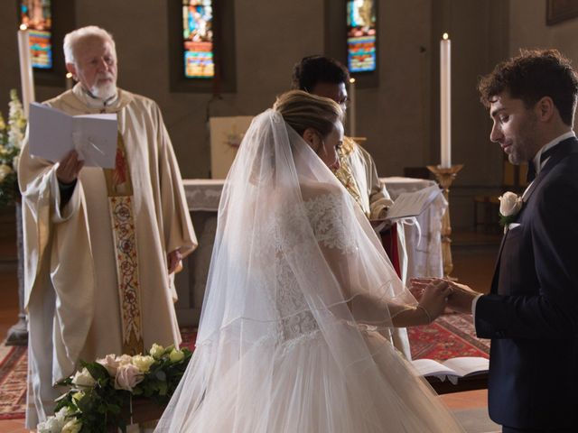 Il matrimonio di Mirco e Elena a Larciano, Pistoia 16