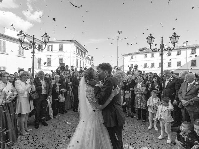Il matrimonio di Mirco e Elena a Larciano, Pistoia 29