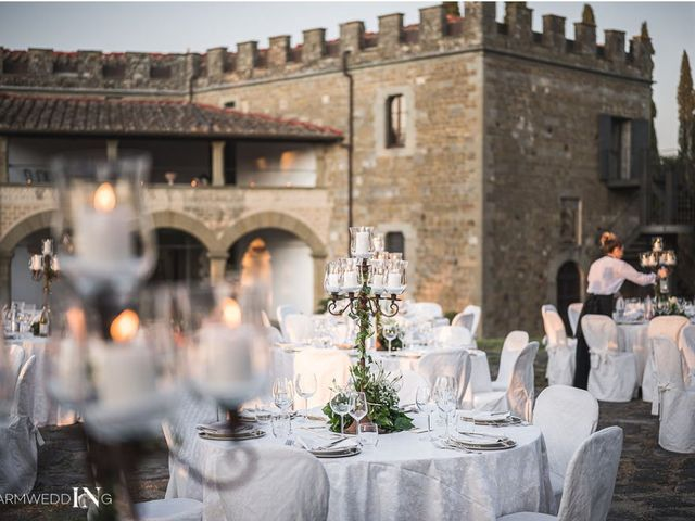 Il matrimonio di Salvatore e Simona a Vernio, Prato 9