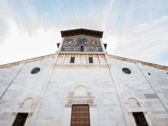 Il matrimonio di Massimiliano e Giulia a Lucca, Lucca 23