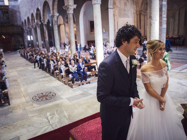 Il matrimonio di Massimiliano e Giulia a Lucca, Lucca 33