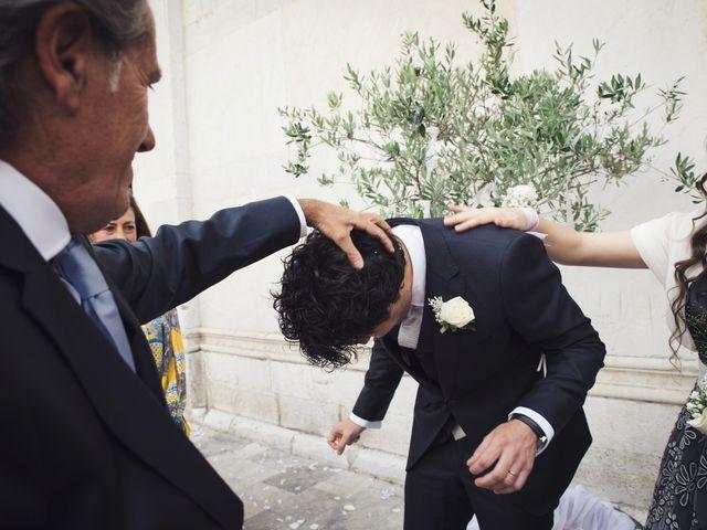 Il matrimonio di Massimiliano e Giulia a Lucca, Lucca 37