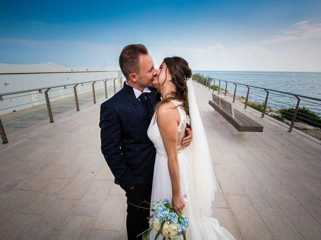 Il matrimonio di Ettore e Marzia a Manfredonia, Foggia 21