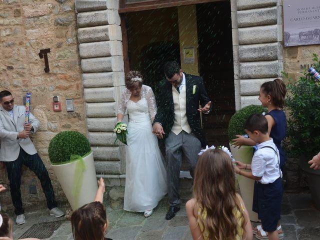 Il matrimonio di Emiliano e Sara a Campiglia Marittima, Livorno 27