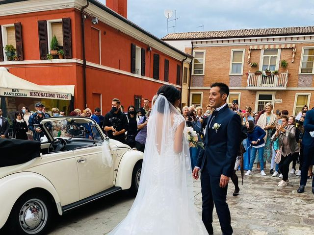 Il matrimonio di Matteo  e Beatrice  a Comacchio, Ferrara 29