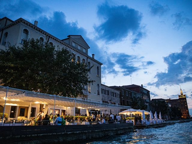 Il matrimonio di Matteo e Metella a Venezia, Venezia 100