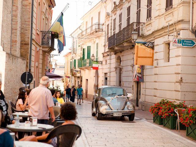 Il matrimonio di Orazio e Federica a Città Sant'Angelo, Pescara 23