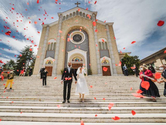 Il matrimonio di Nicolas e Serena a Silvi, Teramo 67